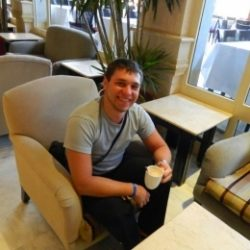 Молодой парень ищет взрослую даму в Нижнем Новгороде